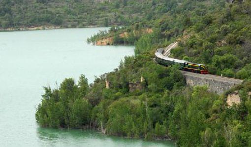 tren_llacs_montanya_510