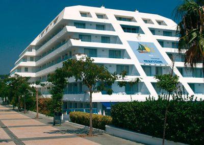 Estancia en SANTA SUSANA – Hotel Montemar Maritim 4****