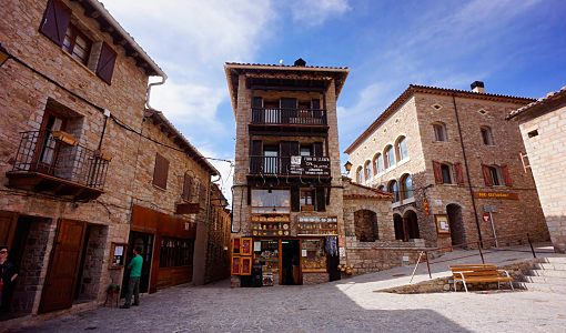 castellar_de_nhug_opt
